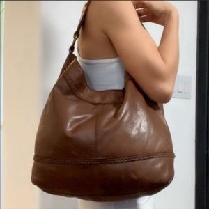 Auth  Lucky Brand Brown distressed leather purse